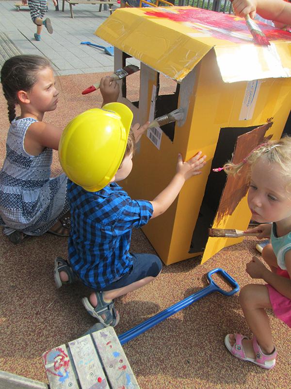 Kleine Baumeister